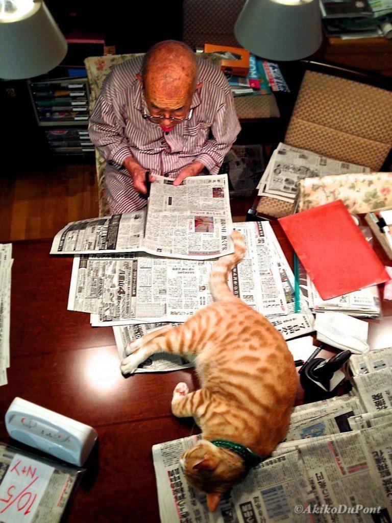cat-and-grandpa-13