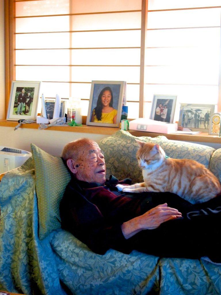 cat-and-grandpa-5