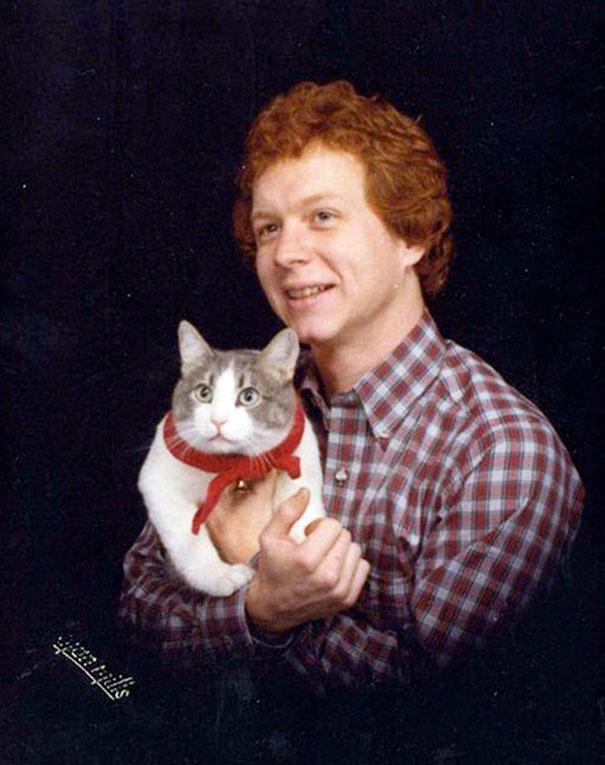 men-pose-cats-funny-vintage-20