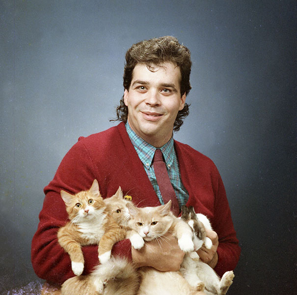 men-pose-cats-funny-vintage-7